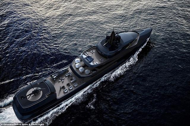 Siêu du thuyền 10 triệu bảng Anh đi vòng quanh thế giới, sở hữu tàu ngầm và máy bay riêng - 2
