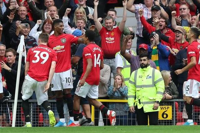 Man Utd 4-0 Chelsea:  Ngày rực rỡ của Quỷ đỏ - 16