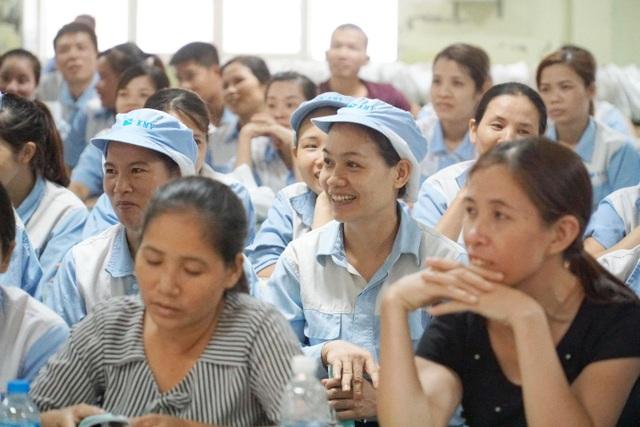Chung tay chăm sóc sức khỏe sinh sản cho người lao động - 1