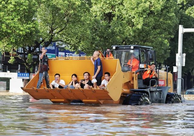 Siêu bão Lekima đổ bộ Trung Quốc: 44 người chết, 16 người mất tích - 5