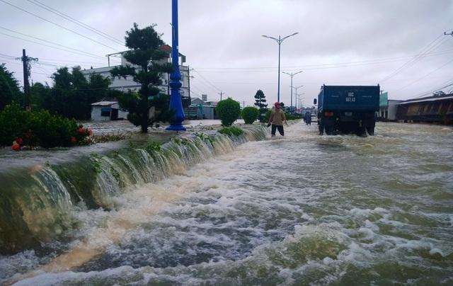 Nhìn lại 10 ngày đảo ngọc Phú Quốc quay cuồng trong trận lũ lụt chưa từng có - 2