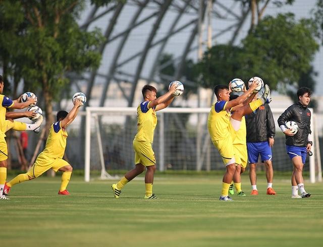 HLV Park Hang Seo nhận tin không vui ở U22 Việt Nam - 8