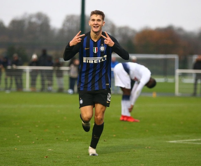Sint Truidense mua tiền đạo từ Inter, Công Phượng thêm khó khăn - 1