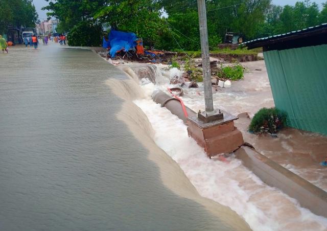 Nhìn lại 10 ngày đảo ngọc Phú Quốc quay cuồng trong trận lũ lụt chưa từng có - 1