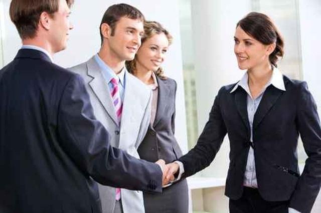 Vì sao giao tiếp hiệu quả nơi công sở là quan trọng? - 1