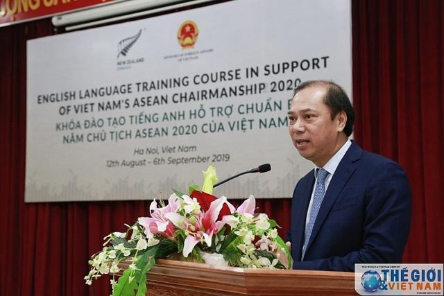 Khai giảng khóa nâng cao tiếng Anh phục vụ ASEAN 2020 do New Zealand tài trợ - 1