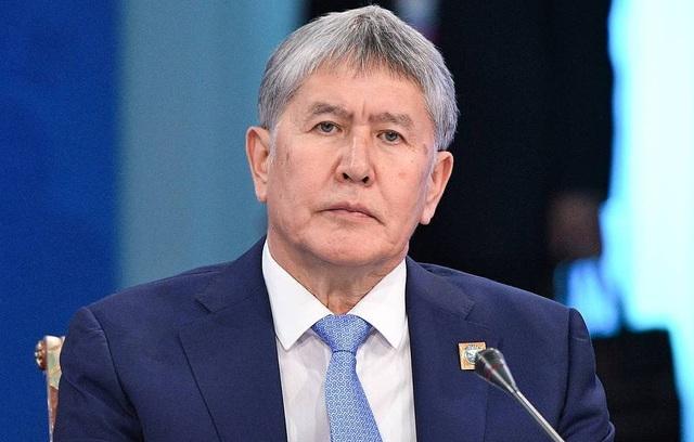 Cựu tổng thống Kyrgyzstan bị truy tố tội giết người vì chống trả quyết liệt khi đặc nhiệm vây bắt - 1