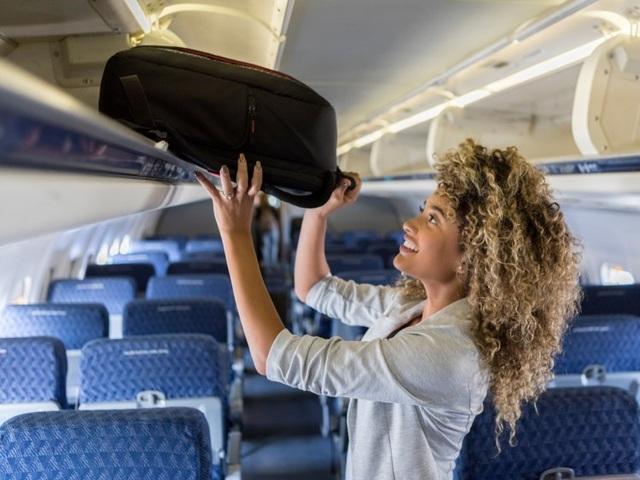 13 cách giúp chuyến bay đường dài dễ chịu hơn - 1