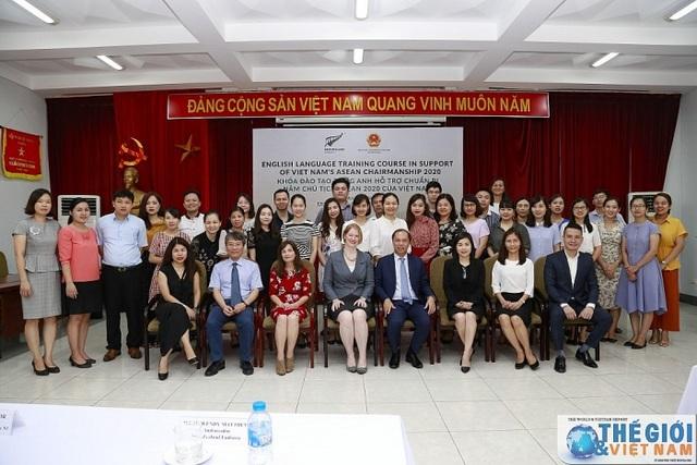 Khai giảng khóa nâng cao tiếng Anh phục vụ ASEAN 2020 do New Zealand tài trợ - 4