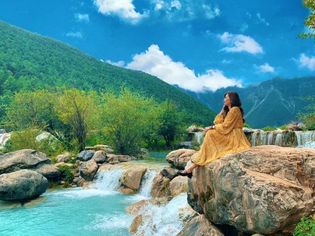 Hành trình khám phá thiên đường tuyệt sắc Lệ Giang của 9x xinh đẹp  - 4