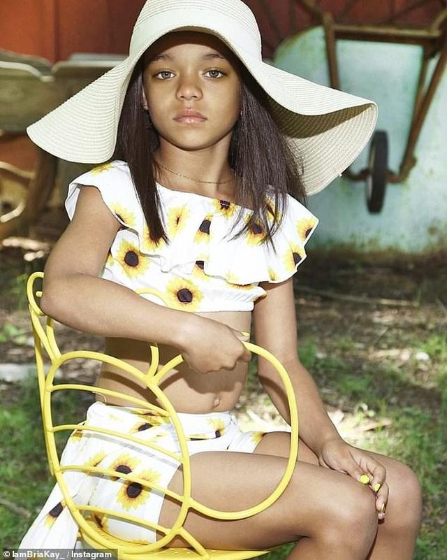 Nhờ một đăng tải của Rihanna, bé gái 7 tuổi ngay lập tức trở thành người mẫu nhí được săn đón - 6