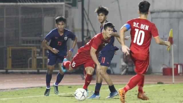 Hòa U18 Thái Lan, U18 Việt Nam mong manh cơ hội đi tiếp - 7