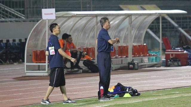 Hòa U18 Thái Lan, U18 Việt Nam mong manh cơ hội đi tiếp - 4