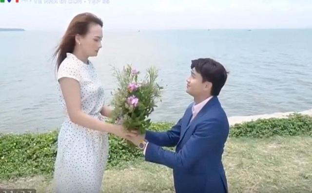 """""""Về nhà đi con"""": Kết phim có hậu nhưng màn cầu hôn Vũ - Thư vẫn bị chê  - 2"""