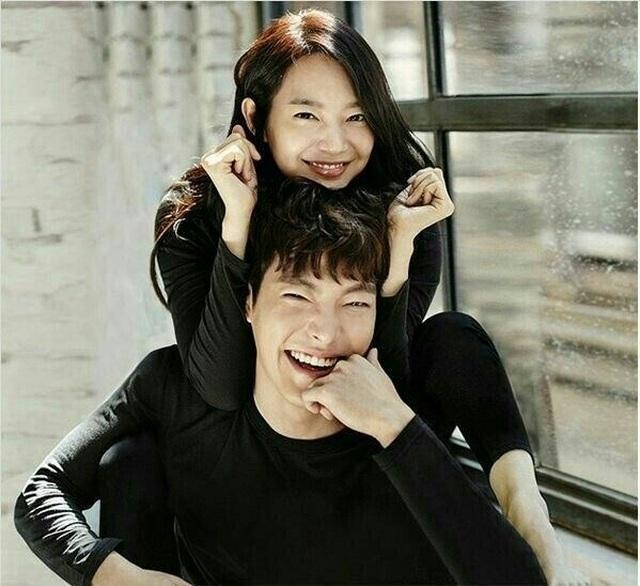 Shin Min Ah cảm động trước hành động lãng mạn của Kim Woo Bin - 2