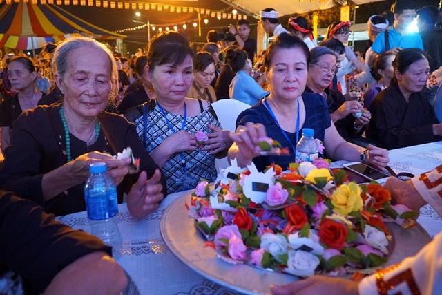 Hình ảnh xúc động trong lễ Vu Lan báo hiếu ở chùa Kim Sơn Lạc Hồng - 7