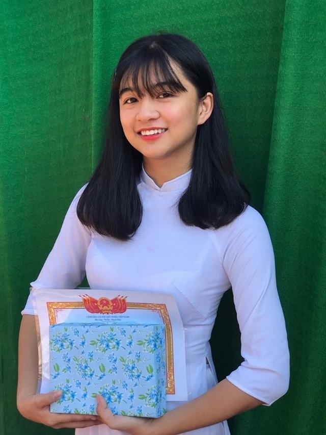 10X Bình Thuận cười xinh như nắng tỏa, sở hữu giọng hát cực ngọt - 1