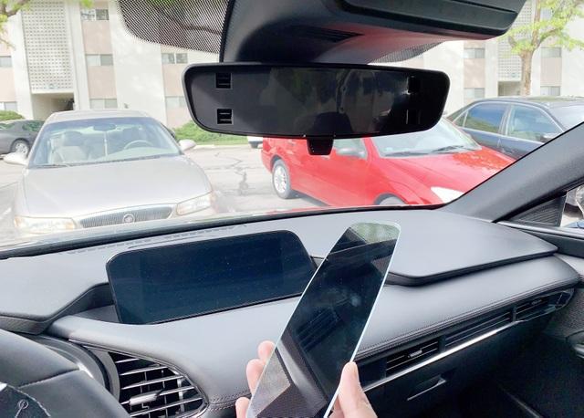Triệu hồi Mazda3 vì nguy cơ… rơi gương chiếu hậu - 2