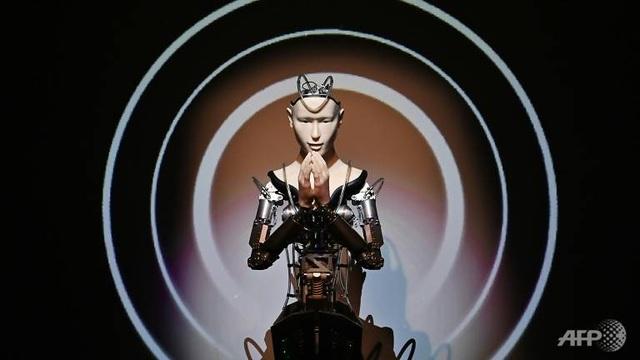"""Đền thờ 400 tuổi Nhật Bản gây """"sốt"""" vì dùng nhà sư robot giá 1 triệu USD - 1"""
