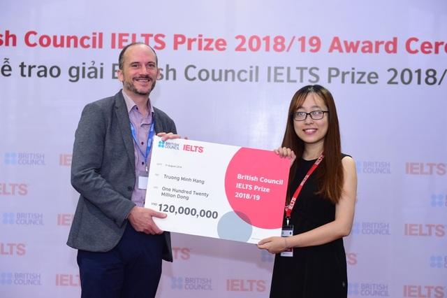 Ba thí sinh Việt Nam xuất sắc nhận Học bổng IELTS Prize - 4