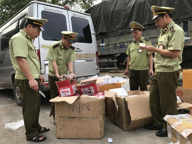 Bánh trung thu nội địa Trung Quốc 2.000 đồng/cái, đến mùa lại ngập tràn mạng xã hội - 6
