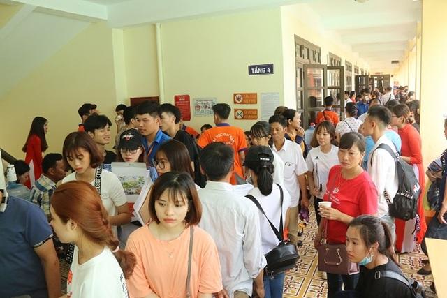 Trường ĐH Đại Nam hỗ trợ hàng ngàn thí sinh nhập học - 1