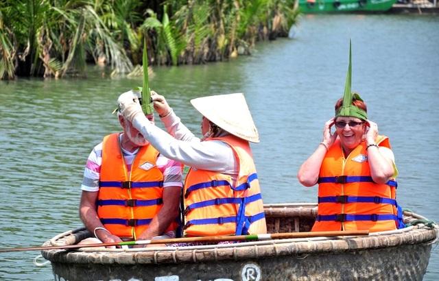 Xử phạt xâm phạm rừng dừa Bảy Mẫu