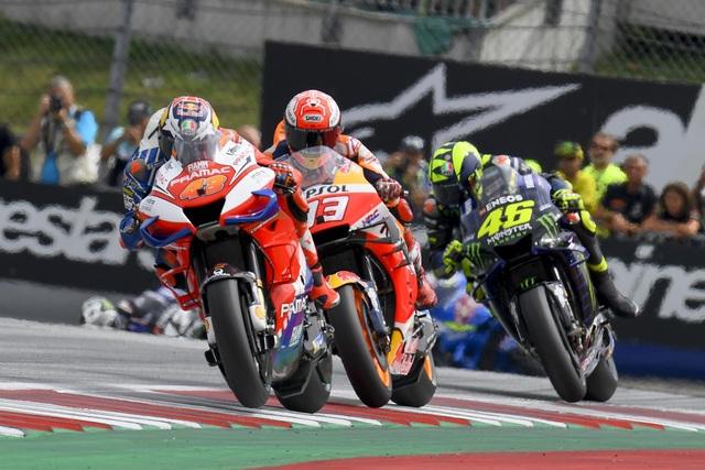 Chặng 11 MotoGP 2019: Dovizioso có chiến thắng nghẹt thở trước Marquez - 11
