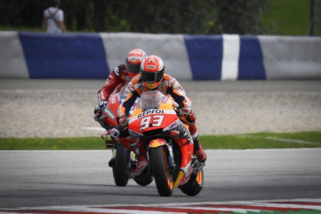 Chặng 11 MotoGP 2019: Dovizioso có chiến thắng nghẹt thở trước Marquez - 4