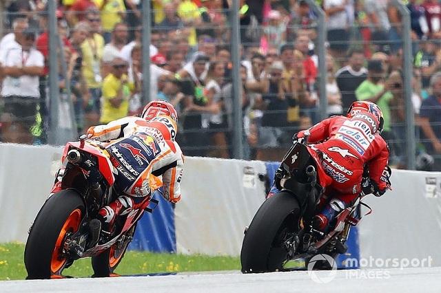 Chặng 11 MotoGP 2019: Dovizioso có chiến thắng nghẹt thở trước Marquez - 5