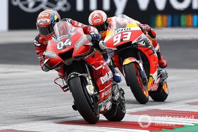 Chặng 11 MotoGP 2019: Dovizioso có chiến thắng nghẹt thở trước Marquez - 1