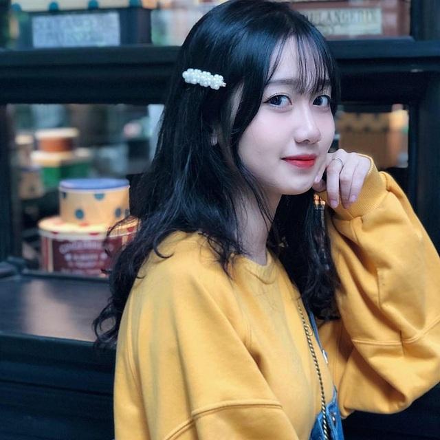 """Nữ sinh Lào Cai xinh đẹp, được ví như """"thiên thần ảnh thẻ"""" - 6"""