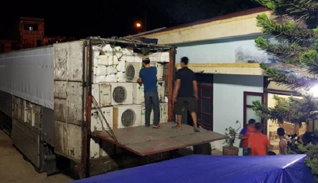 Quảng Bình: Tạm giữ lô hàng điện lạnh nhập lậu trị giá hơn nửa tỷ đồng - 1