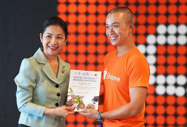 Tổng lãnh sự quán Thái Lan cùng hơn 30 doanh nghiệp ghé thăm Shopee Việt Nam - 5