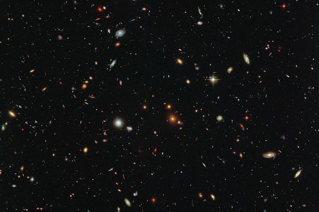 Siêu máy tính có thể tạo ra hàng triệu vũ trụ ảo - 1