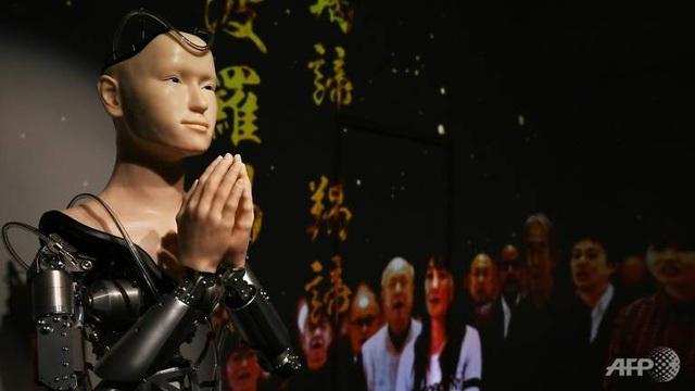 """Đền thờ 400 tuổi Nhật Bản gây """"sốt"""" vì dùng nhà sư robot giá 1 triệu USD - 3"""