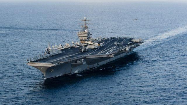 Iran nói Mỹ rút tàu chiến khỏi vùng Vịnh vì e ngại Tehran - 1