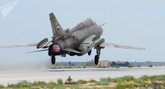 """Máy bay chiến đấu Su-22 của Syria bị bắn rơi ở """"chảo lửa"""" Idlib - 1"""