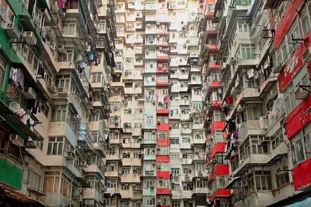 Các ông trùm bất động sản là một nguyên nhân gây bất ổn ở Hồng Kông - 1