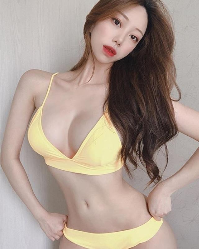Hai cô gái Hàn sở hữu đường cong siêu thực đốn tim mày râu, bí quyết là gì? - 1