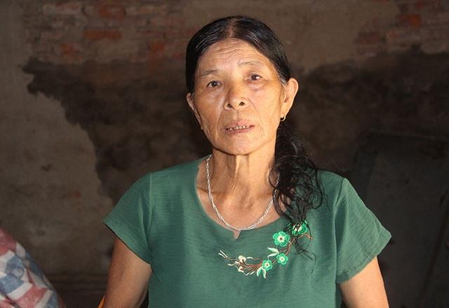 Mẹ già cạn nước mắt ngày ngày dõi tin con điều trị đột quỵ ở xứ Đài - 2