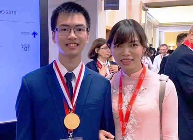 Thanh Hóa: Thưởng 750 triệu đồng cho học sinh và giáo viên đoạt huy chương tại các kỳ thi Olympic - 2