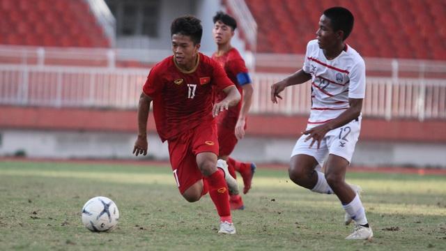 """Hạ gục hai """"ông kẹ"""", U18 Campuchia được ví như… Vua Đông Nam Á"""