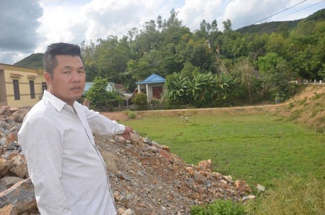 Bàn giao đất cho chính quyền xây cầu đường xong, vạ vật gần 8 năm đợi đất tái định cư! - 2