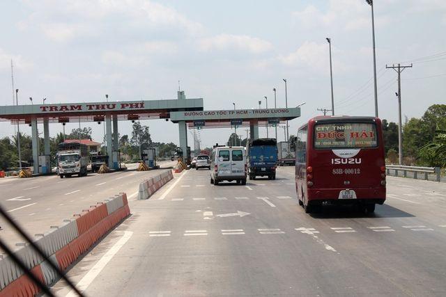 Đề xuất thu phí trở lại trên cao tốc TPHCM - Trung Lương - 1