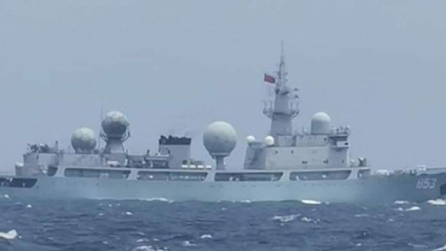 Philippines nói 5 tàu chiến Trung Quốc đi vào lãnh hải mà không thông báo - 1