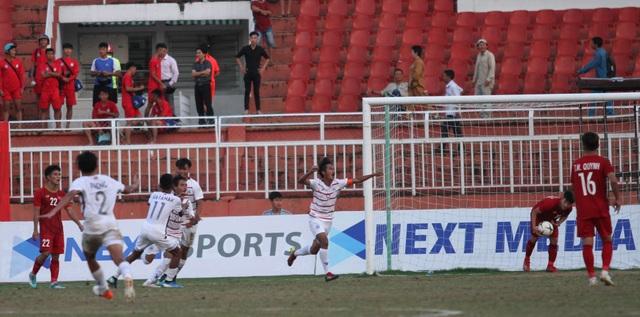 Những khoảnh khắc U18 Việt Nam bất lực trong trận thua sốc trước Campuchia - 10