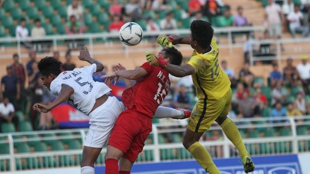 Những khoảnh khắc U18 Việt Nam bất lực trong trận thua sốc trước Campuchia - 3
