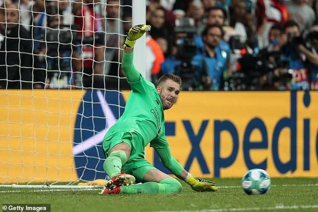 Những khoảnh khắc chiến thắng của Liverpool ở Siêu cúp châu Âu - 16