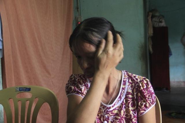 Khát khao trở thành cô giáo, nữ sinh nhà nghèo nuôi gà, bán cà phê gom góp tiền công để nhập học - 4